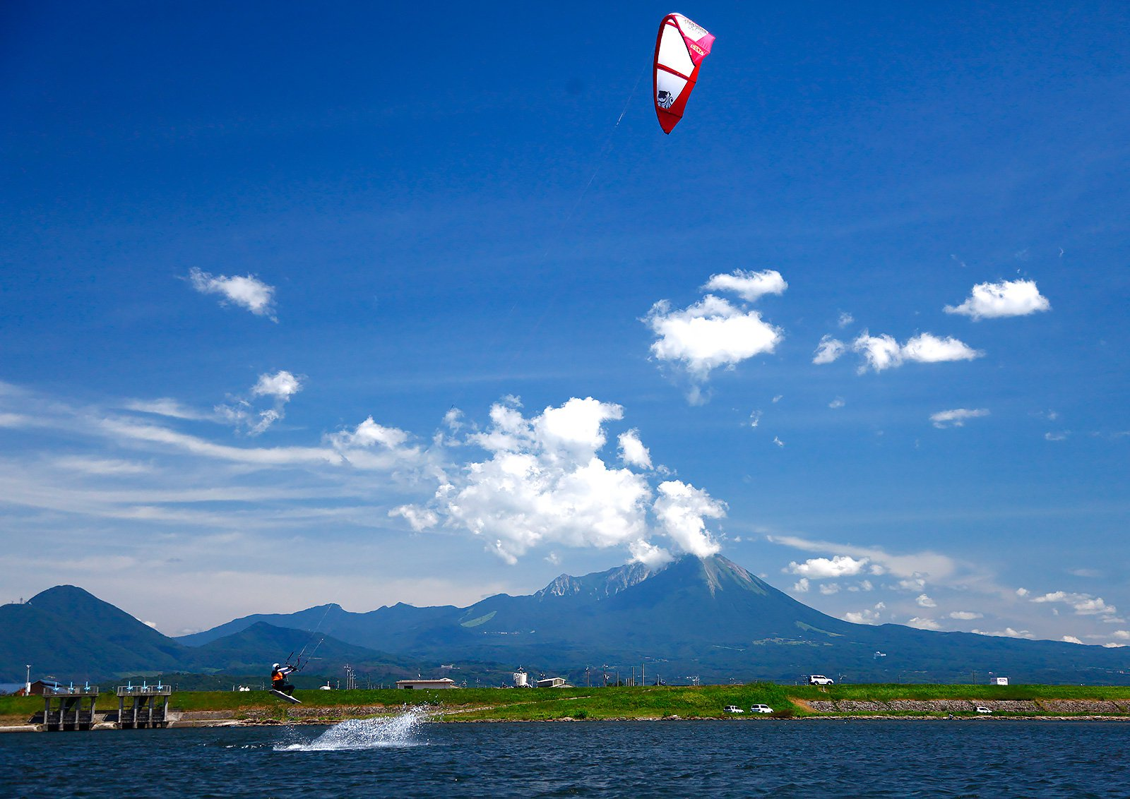 Ocean activities and Daisen